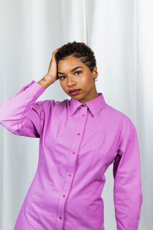 detail de la robe-chemise rose so yvette