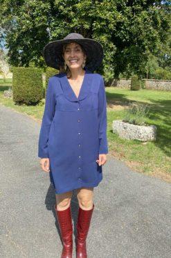 La robe bleu nuit so yvette en tissu upcyclé